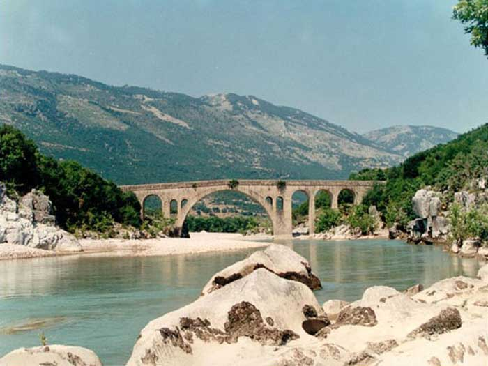 Γέφυρα Καταφυλλίου