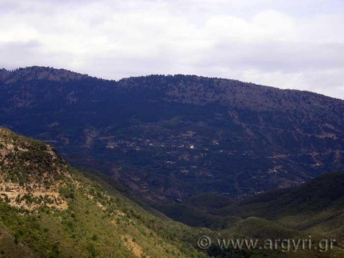 Θέα χωριού από Αυλάκι